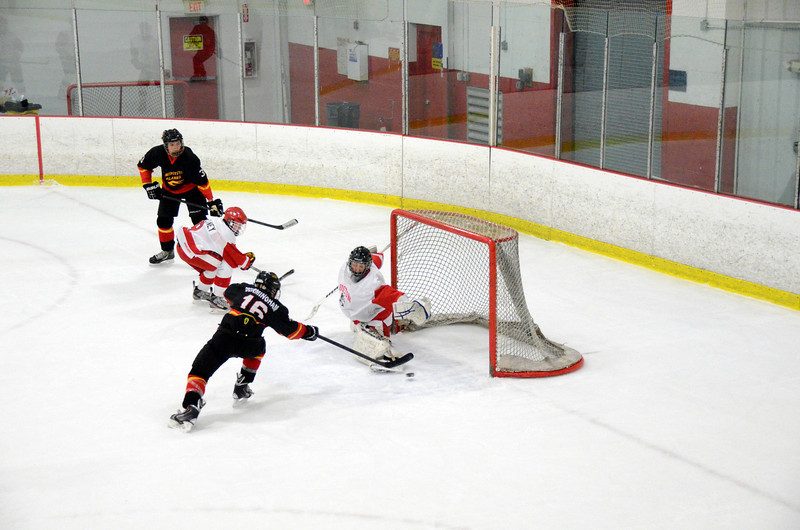 131005 Flames Hockey-095.JPG
