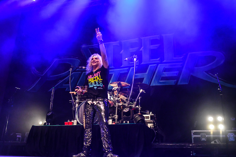 Steel Panther Jannus Live 201900263.jpg