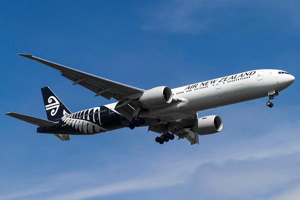 ZK-OKS - Boeing 777-319/ER