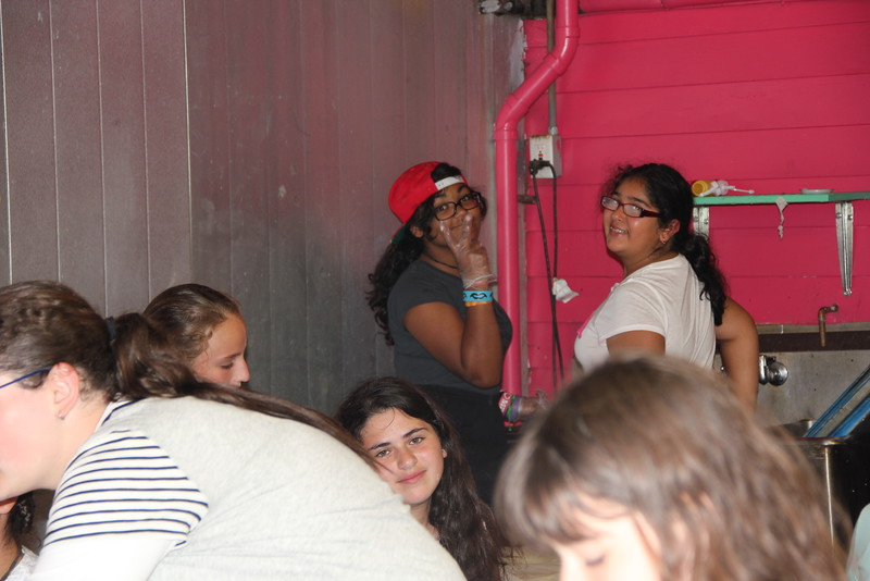 kars4kids_thezone_camp_girlsDivsion_activities_baking (93).JPG