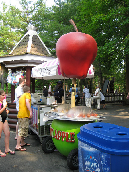 The candy apple themed Candy Apple cart.