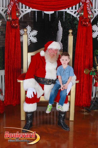 Santa 12-10-16-268.jpg