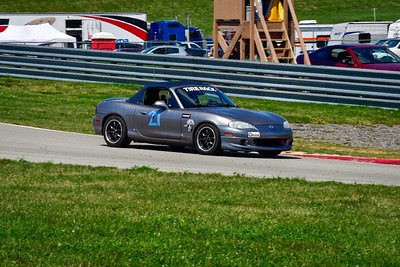 2021 SCCA Pitt Race Aug TT Silver 21 Miata