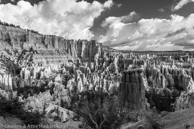 Bryce Canyon, Bryce Point,  UT, USA  Filename: CEM013443-4-5-BryceCanyon-UT-USA-EDIT32b.jpg