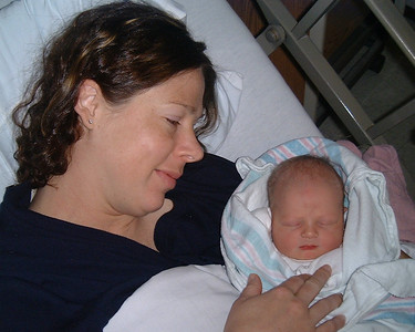 99-12-30 Jul & Ty w Baby Beck