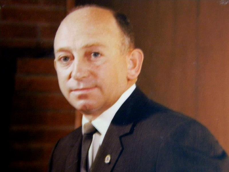 Dr. H. G. Coker