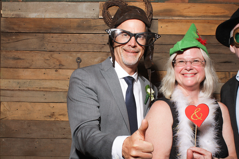 AmyAdamWeddingPhotobooth-0116.jpg