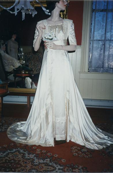 1996 Bridal Exhibition-3.jpg