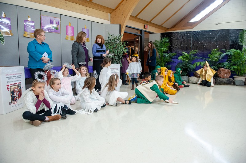 20191209 Faith Children Advent Family Gathering-7979.jpg