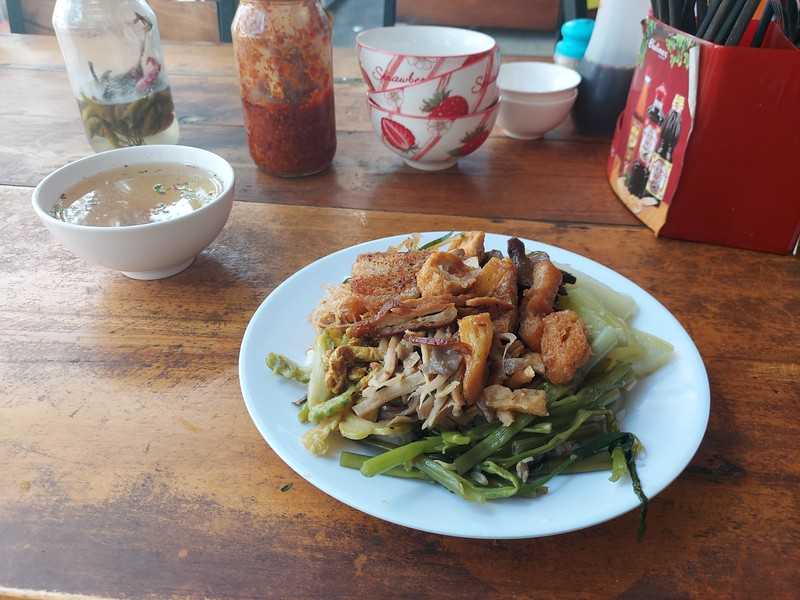 20210331_132234-vegetarian-lunch.jpg