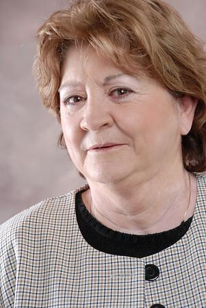 Linda T