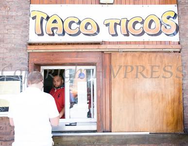 Taco Ticos Ribbon Cutting