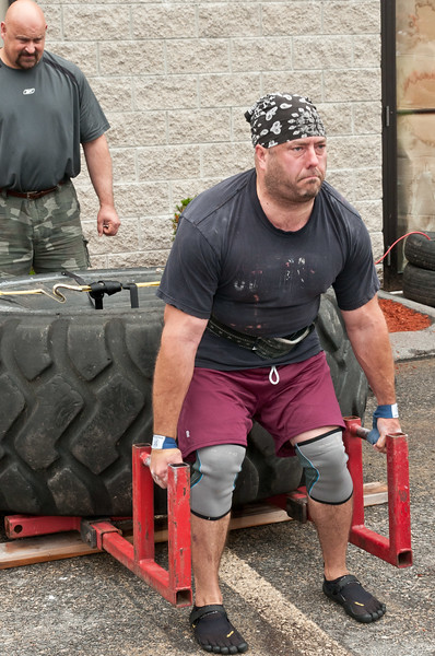 Fitness Revolution Strongman Challenge 2011_ERF4021.jpg