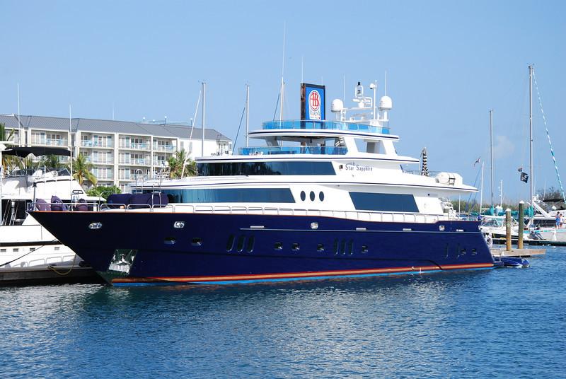 The Star Sapphire Motoryacht is a 117' Bilgin.