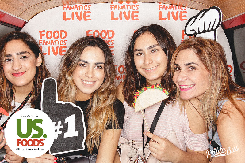 us-foods-photo-booth-185.jpg