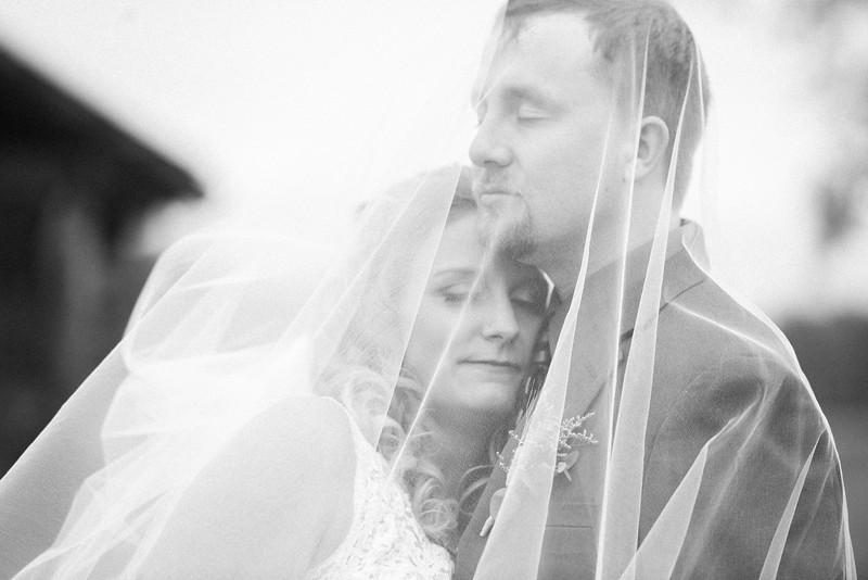 2017-05-19 - Weddings - Sara and Cale 5179.jpg