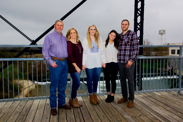 RESPONDEK FAMILY PORTRAITS