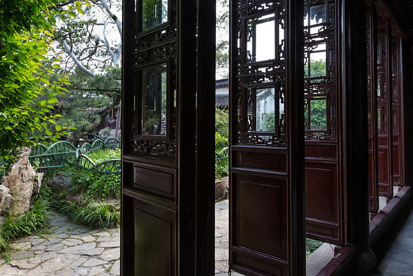 May 16 Suzhou- Master of the Net's Garden and the Silk Museum