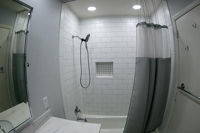 2020-07-31 Caryls bathroom