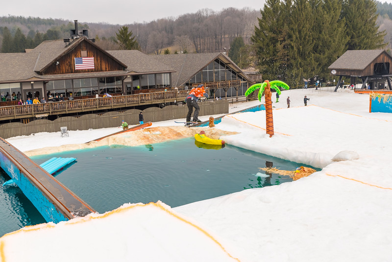 Pool-Party-Jam-2015_Snow-Trails-858.jpg