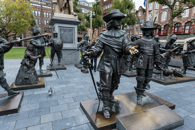 "Rembrandt's ""Night Watch"" Statues"