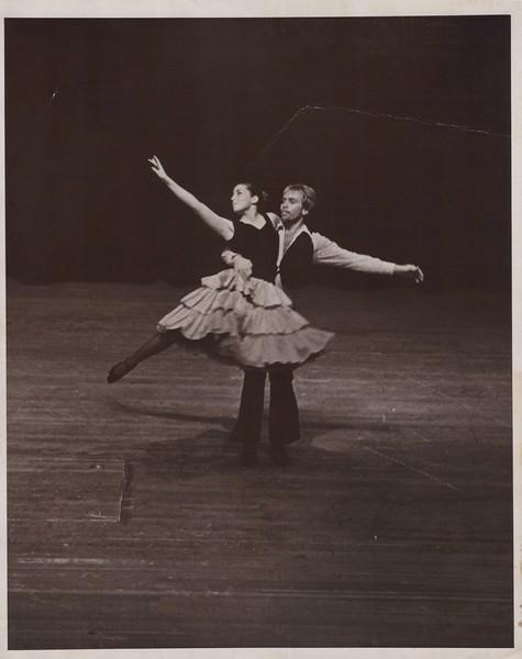 Dance_1035.jpg