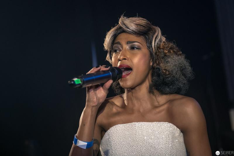 Tertia Botha bei der Eröffnungsshow des Diversity Ball 2019