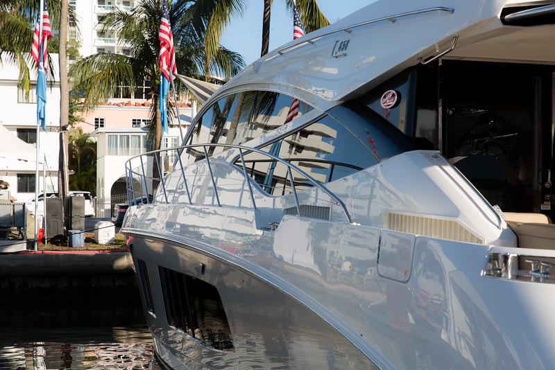 YachtsMiamiBeach (16 of 19).jpg