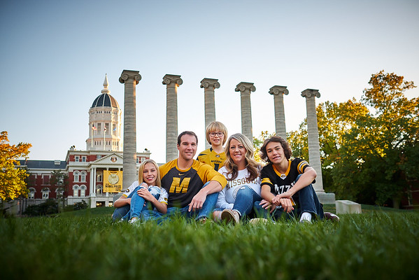 Wood Family on the Quad at Mizzou - Columbia, MO Family Photographer