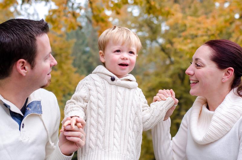 2013.10.19 L McOrmond-Carmichael family-25.jpg