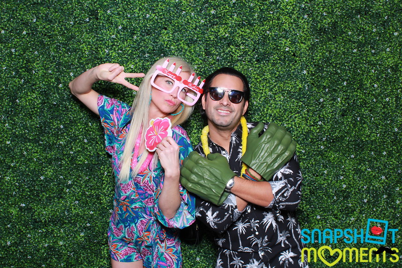03-30-2019 - Karen and Natasha's Aloha 40th Birthday Bash_009.JPG