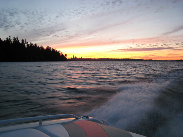 2007_06_30 Boating Lk Washinton WA ~ Mike J, Karalee, Steve