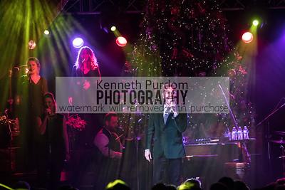 Concert Photos Christmas Barn Bash | David Phelps Music 2017