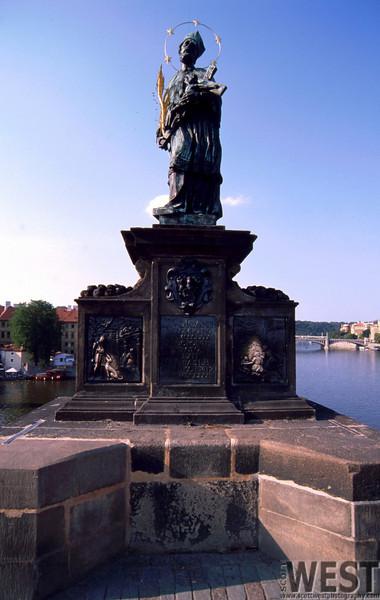 Prague074_edited.jpg