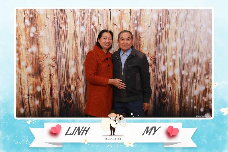 Linh-My-wedding-instant-print-photo-booth-in-Ha-Noi-Chup-anh-in-hnh-lay-ngay-Tiec-cuoi-tai-Ha-noi-WefieBox-photobooth-hanoi-14.jpg