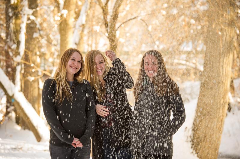 2016_DaBell Winter Family Portraits_0130.jpg