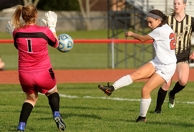 Yorkville girls soccer vs. Sycamore - April 26, 2018