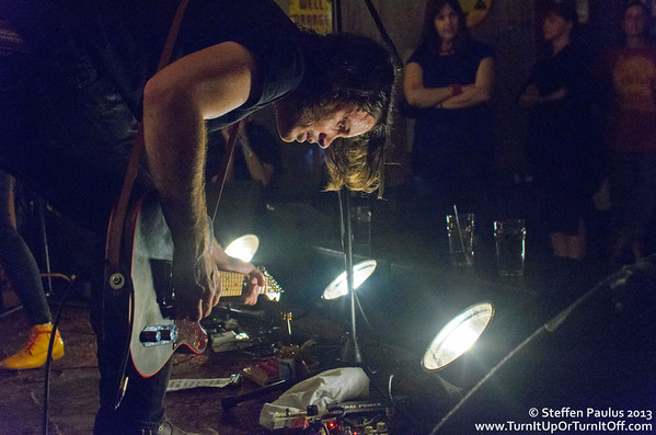2013.06.27 - Dustin Bentall + Leeroy Stagger @ Dakota Tavern
