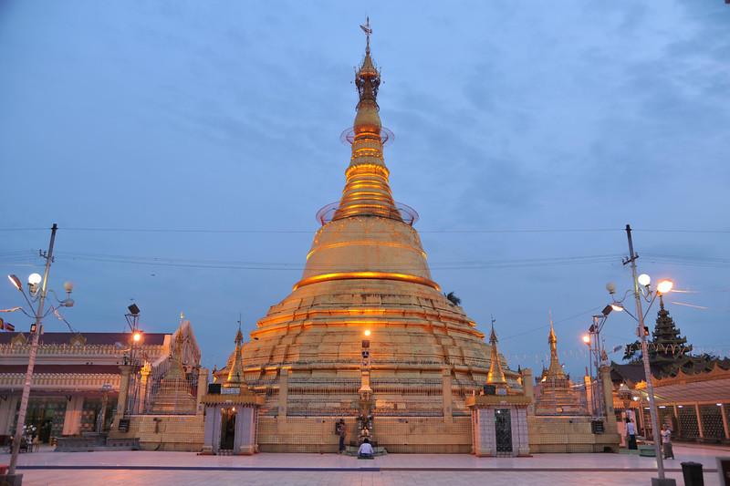 Botataung Pagoda, Yangon