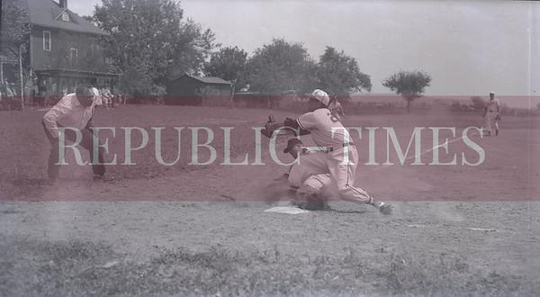 Bob Voris Sports Archives