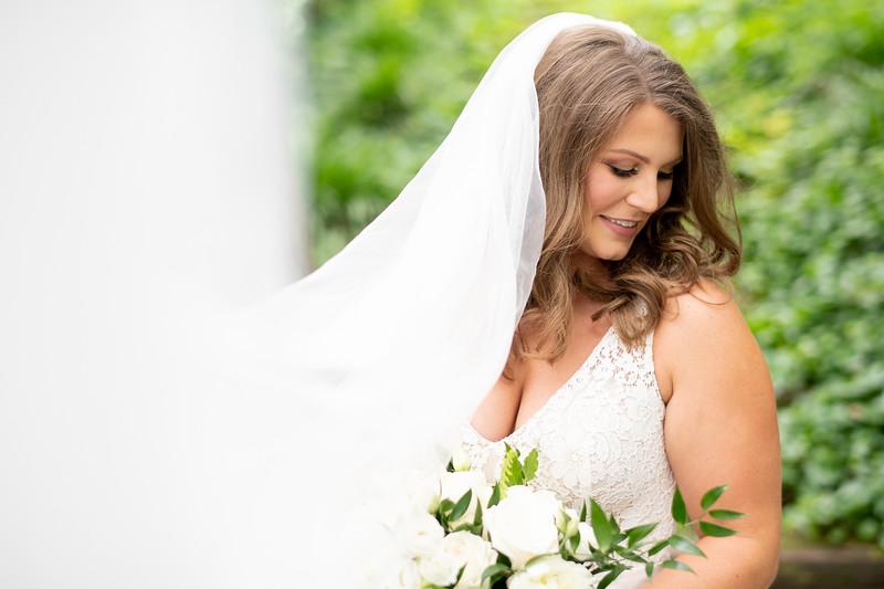 Elegant Bride Veil