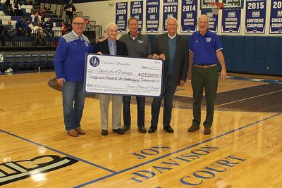 Davison Disciples Endowed Scholarship Check Presentation