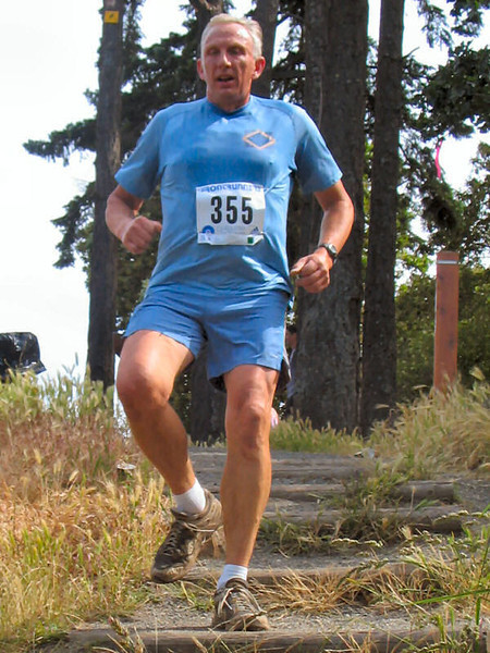 2005 Gutbuster Mt. Doug - GutbusterMtDoug2005-033.JPG
