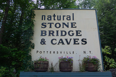 Natural Stone Bridge & Caves 2018