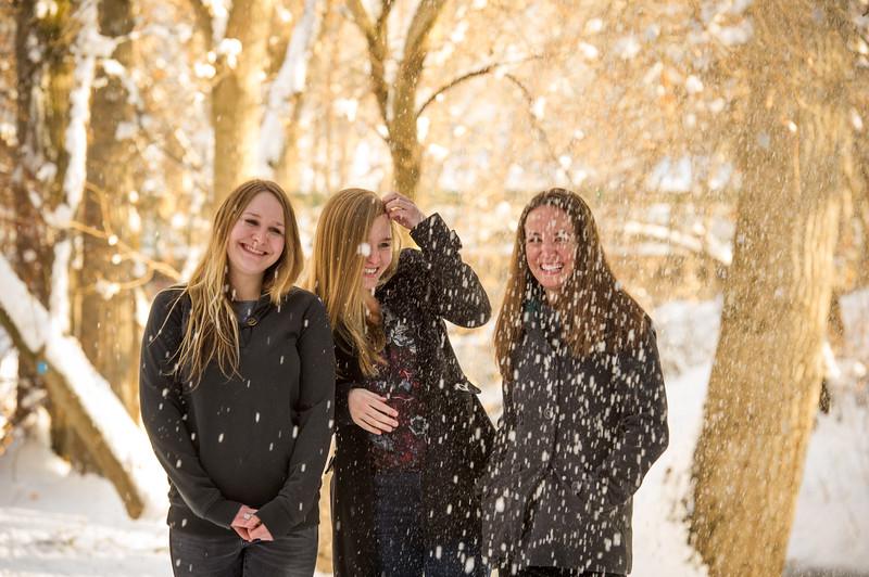 2016_DaBell Winter Family Portraits_0129.jpg