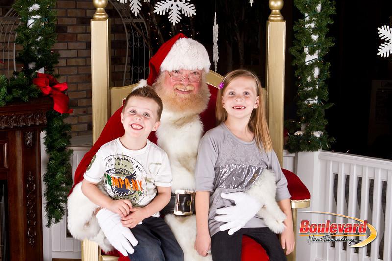 Santa Dec 8-166.jpg