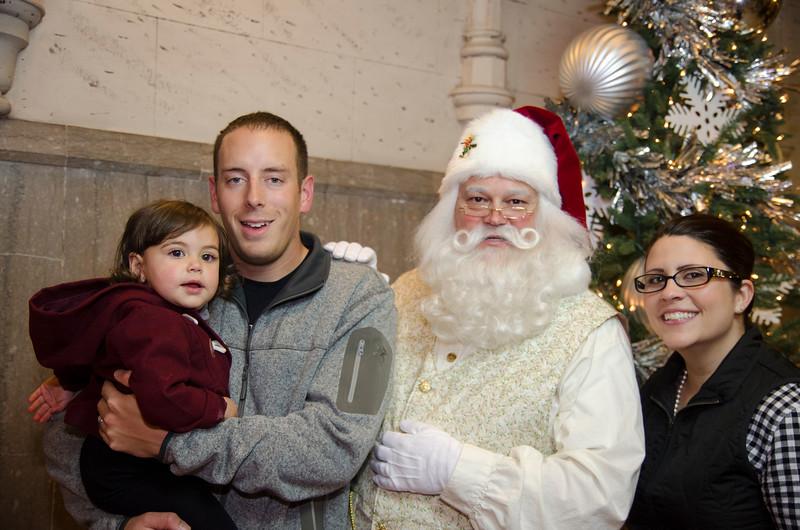Santa at Grove_69.JPG