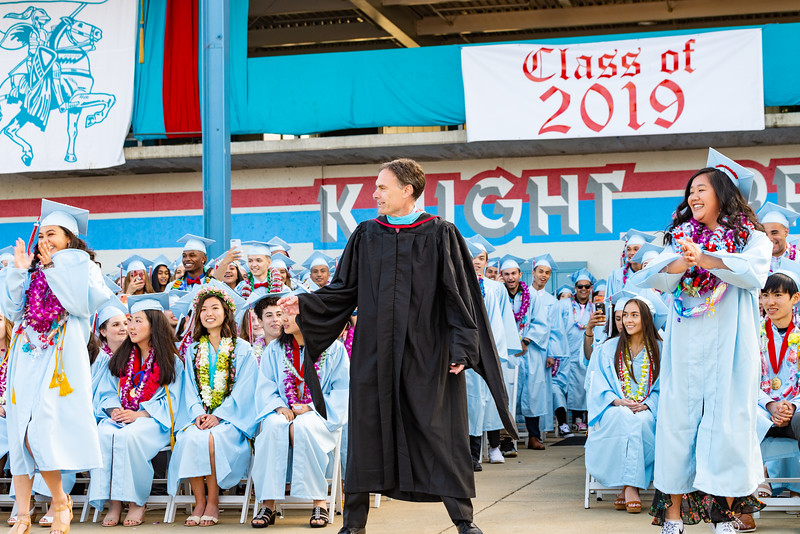 Hillsdale Graduation 2019-10413.jpg