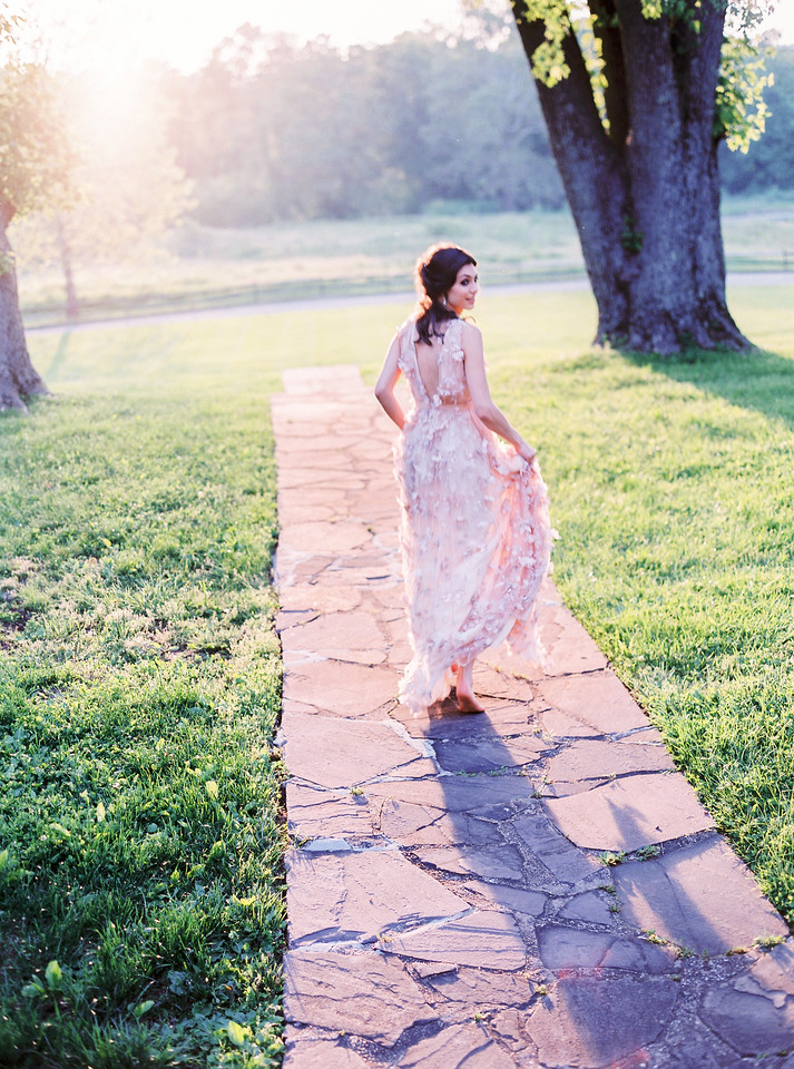 Photos of Rustic Virginia Weddings by Jalapeno Photography.
