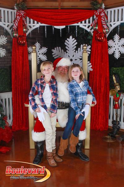 Santa 12-10-16-23.jpg